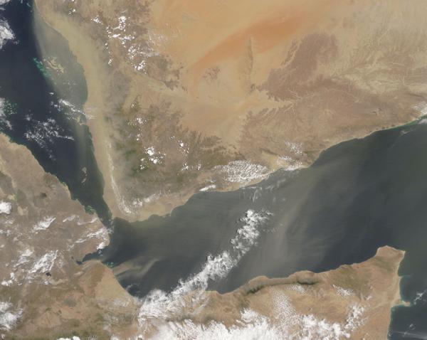 Dust over Gulf of Aden