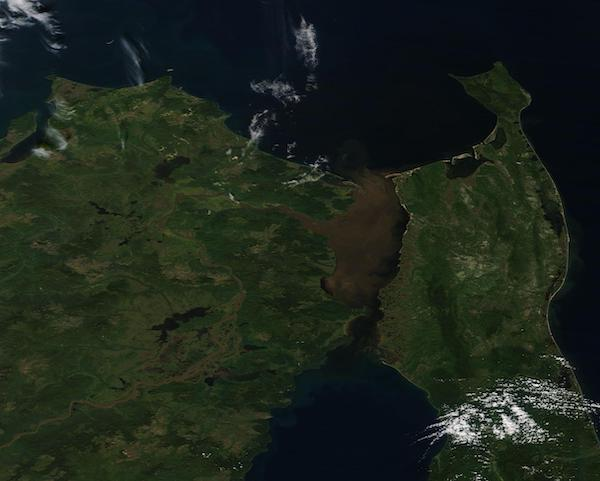 Sediment in the Strait of Tartary
