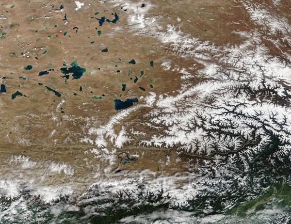 Tibetan Plain and the Himalayas